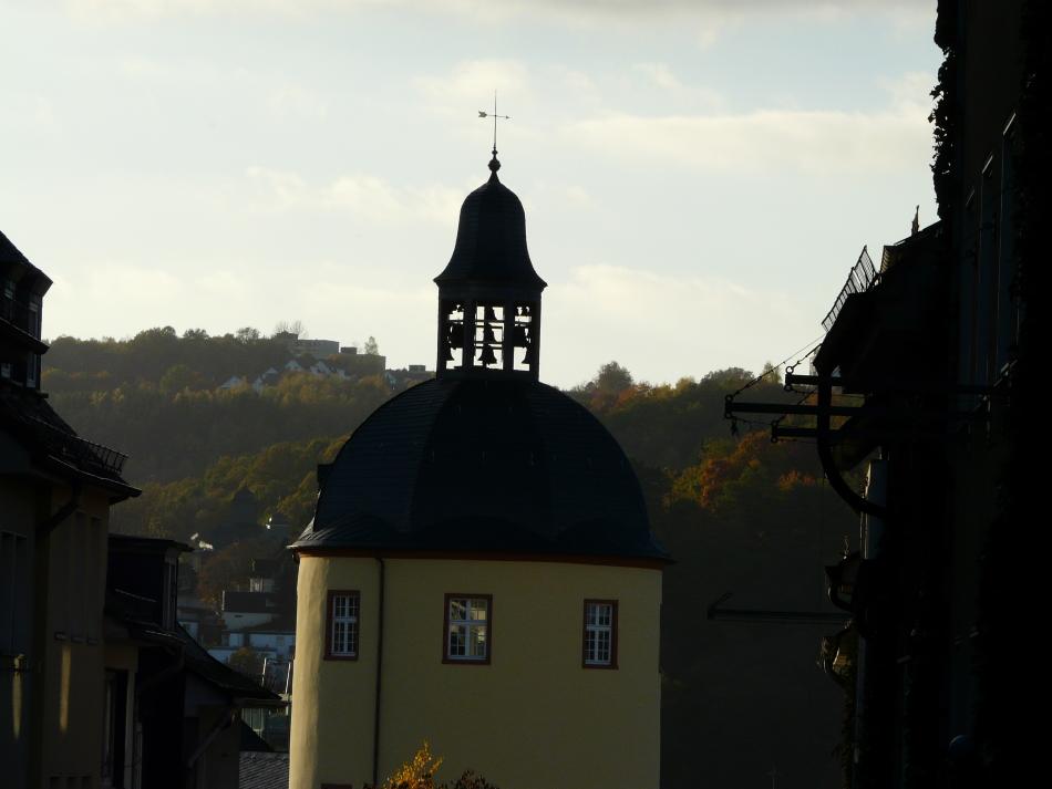 Siegener Glockenturm im Herbst