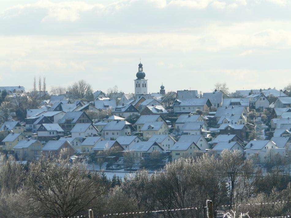 Blick auf St. Josef in Hünsborn